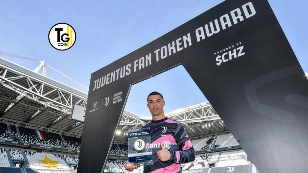cristiano ronaldo è stato premiato domenica con dei token fan per celebrare il suo record di gol