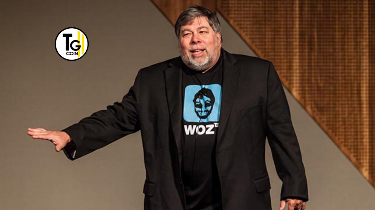 Steve Wozniak è una delle personalità più influenti e più note dell'informatica mondiale. Il suo successo è dovuto per essere uno dei fondatori della Apple.
